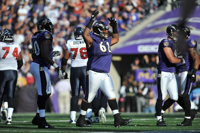 Terrence Cody #62, Baltimore, plaqueur défensif. 6-4,  370 lbs. AFP