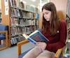 Étudiante au Collège Mont-Saint-Louis, Léa Belec, 13 ans, aime fréquenter la bibliothèque de Cartierville.