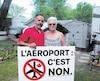 Alexandre Caron, propriétaire du camping Horizon, et Doris Beaudin, qui y possède uneroulotte depuis 5 ans, s'opposent au projet d'aérodrome.