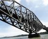 Des négociations pour le partage de la facture pour les travaux de peinture du pont de Québec durent depuis 2015. Une entente semblait être intervenue en février dernier, mais le gouvernement Legault s'était retiré de la table.