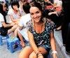 Noémi (sur la photo), 25 ans, et Audrey, 20 ans, ont été découvertes sans vie, dans leur chambre de Kho Phi Phi en Thaïlande, le 15 juin 2012, après avoir été intoxiquées par un pesticide. Selon la coroner Renée Roussel, elles étaient décédées depuis le 13 juin.
