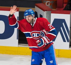 Thomas Vanek a été acclamé à tout rompre après avoir inscrit un tour du chapeau contre l'Avalanche, mardi dernier.