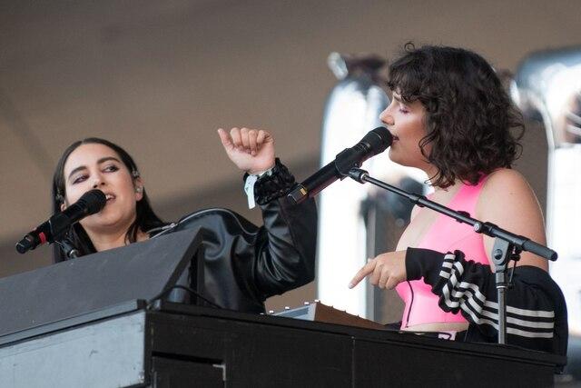 Milk & Bone a ouvert le concert 100 % féminin présenté vendredi soir sur les plaines d'Abraham.
