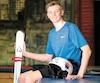 Son penchant à tenter de nouvelles acrobaties sur le trampoline derrière la maison dès l'âge de six ans explique les habiletés de Félix Bertrand, qui en font l'un des projets de l'équipe canadienne de ski acrobatique. «Je me faisais mal, parfois je tombais sur la tête, mais j'avais hâte de recommencer.»