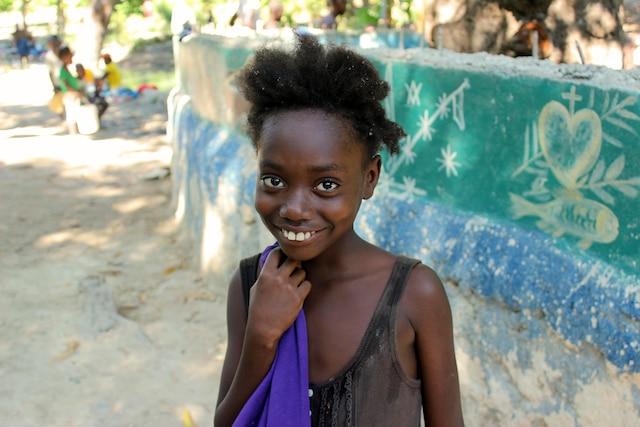 Jeune haïtienne rencontrée au village rural de Montrouis.