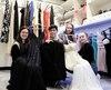 Une trentaine d'élèves de la Polyvalente de L'Ancienne-Lorette se sont impliqués dans le projet de boutique de location de tenues de soirée, dont Laura Girouard, Nick Bouffard, Pier-Anne Tremblay et Océanne Gagnon.