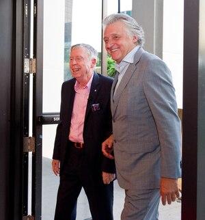 Gilles Latulippe a reçu un hommage le 21 juillet 2014 dernier lors du Festival Juste pour rire. Sur la photo, Gilles Latulippe et Gilbert Rozon.