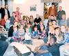 Une quarantaine de personnes, soit 10% des citoyens de Saint-Joseph-de-Kamouraska, se sont réunies chez un des aînés du village jeudi soir, le temps d'une veillée. C'était la 12esoirée en 14jours depuis le début du mois de décembre.
