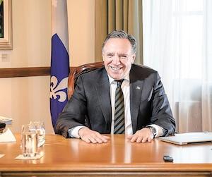 «J'ai pris un engagement, puis je vais le respecter: il n'y a aucune taxe, aucun tarif, aucun impôt qui va augmenter de plus que l'inflation, donc il n'y aura pas de nouvelle taxe», a assuré le premier ministre François Legault, en accordant sa toute première entrevue de fin d'année à Marc-André Gagnon et Rémi Nadeau de notre Bureau parlementaire.