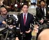 Le premier ministre du Canada, Justin Trudeau, qui assistait jeudi au sommet des gens d'affairesB7 au Château Frontenac, a assuré que le Canada va payer pour les dépenses encourues par la tenue du sommet du G7 dans la région de Charlevoix, en juin.