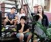 Alison Gagnon et ses enfants Arthur, 9 ans, Noémie et Damian, tousdeux 5 ans, ont réussi à réduire de beaucoup la quantité de déchets qu'ils produisent.