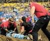 Kévin Gamelin est demeuré longtemps inconscient sur la piste, pendant que les secouristes ont accouru pour le réanimer.