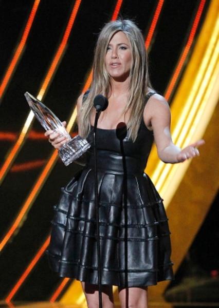 Jennifer Aniston est toujours un des chouchous des Américains. Elle a reçu la statuette de l'actrice préférée dans une comédie cinématographique.
