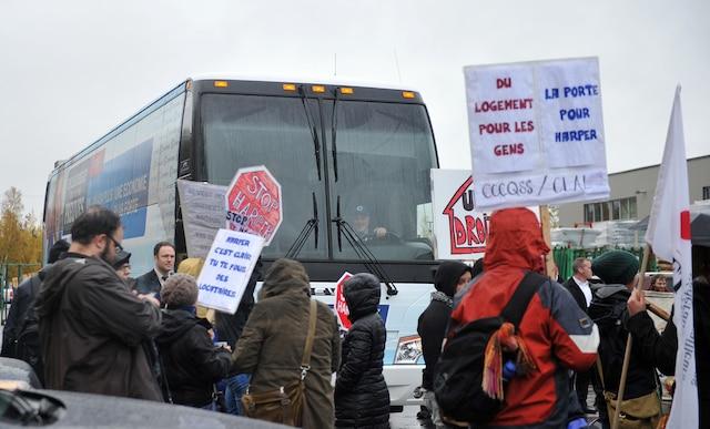 Manifestation contre Stephen Harper à Québec