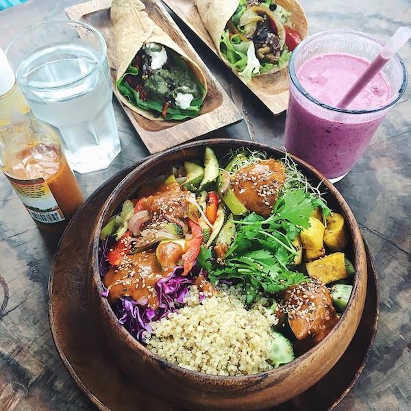 Manger frais pour rester frais! Repas équilibré et organique au Fresh-Fresh Café à Cabarete.