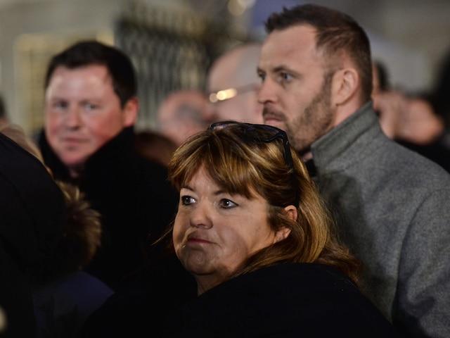 Lise Dion à la sortie des funérailles de René Angelil, célébrées ce vendredi après-midi 22 janvier 2016, à la Basilique Notre-Dame, à Montréal.