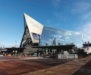 Les amateurs de football intéressés à prendre place dans le US Bank Stadium devront y mettre le prix.