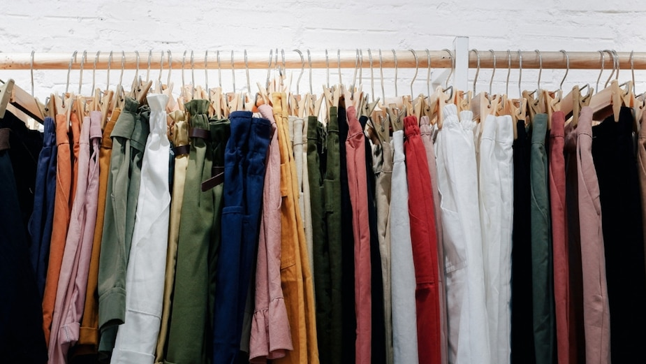 5 étapes pour mieux organiser votre garde-robe