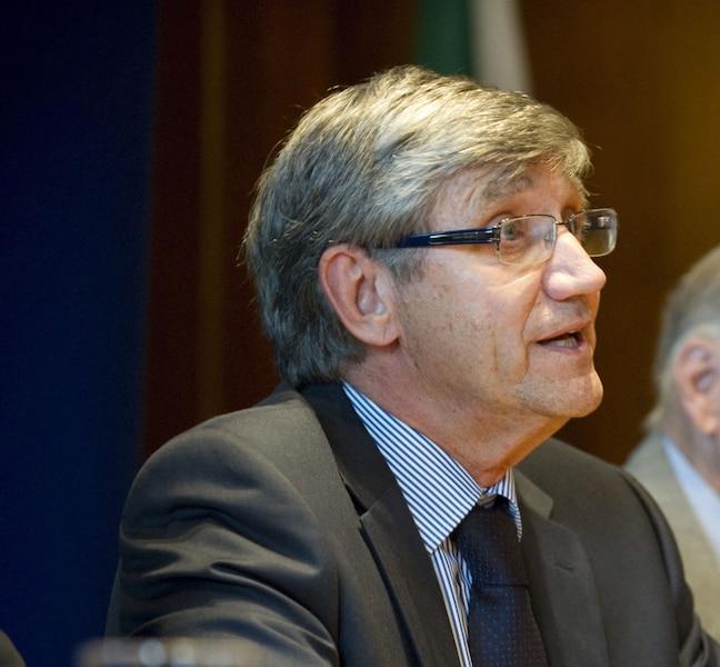 Denis Monière, professeur
