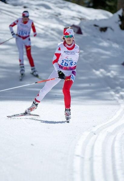 En 2012 après avoir participé à des compétitions locales de ski de fond, et à une épreuve de Coupe du monde en ski paranordique, elle décide de tenter sa chance à Sotchi.