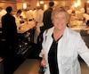 Jocelyne Cazin, en pleine dégustation au célèbre restaurant Alinea, à Chicago.