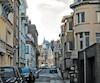 La rue de la première scène du film Dunkerque de Christopher Nolan.