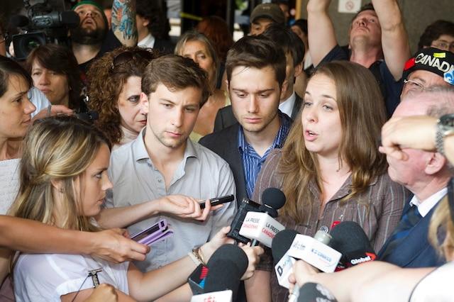 25 mai 2012: Les trois leaders étudiants sont en point de presse devant le Palais de Justice de Montréal.