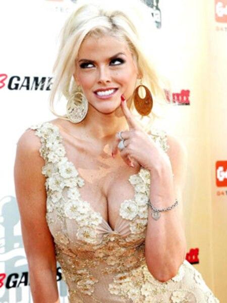 Star de téléréalité à la fin de sa trop courte vie, Anna Nicole Smith a été élue Playmate de l'année par le célèbre magazine en 1993.