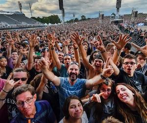 Des dizaines de milliers de festivaliers sont attendus sur les sites du Festival d'été de Québec pour profiter de la dernière soirée de cette 50e édition.