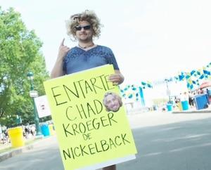 Voyez les fans de Slipknot entarter «Chad Kroeger»