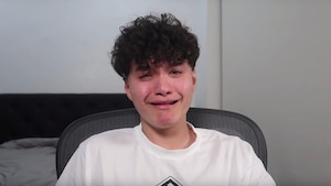 Image principale de l'article Il triche dans une vidéo et se fait bannir à vie