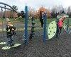 Le nouveau module de jeux de l'école Roy et Saint-Louis est adapté aux élèves de la maternelle 4 ans, qui n'avaient auparavant qu'un carré de sable et une cuisinette pour jouer.