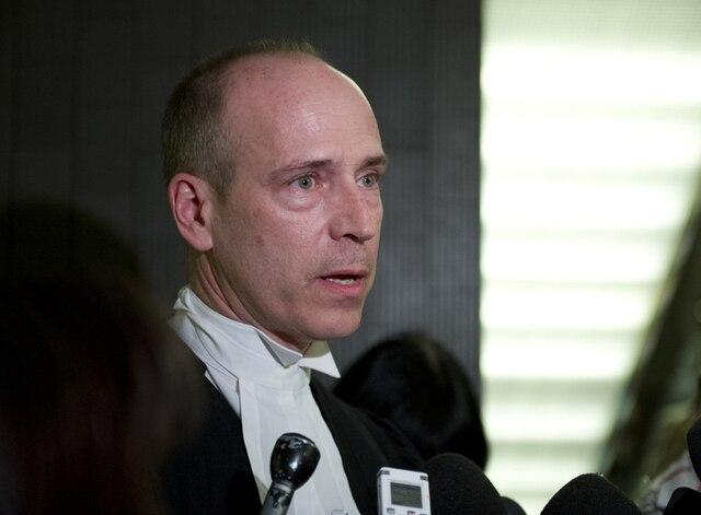 Me Daniel Urbas, avocat de Diran Lin, le père de Jun Lin, victime du présumé tueur Luka Rocco Magnotta, au Palais de Justice de Montréal, à Montréal, le mardi 12 mars 2013.