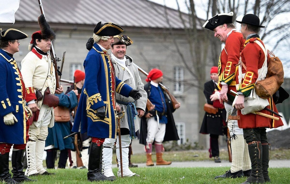 Un campement militaire du 18e siècle reconstitué à Québec | JDQ
