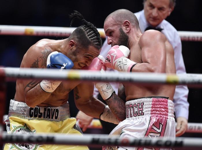 Sébastien Boutch Bouchard (à droite) s'est battu avec hargne et courage face à Gustavo Garibay, hier soir à Québec.