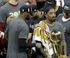 J.R. Smith était ému en parlant de ses parents lors d'un point de presse après la victoire des Cavaliers en finale de la NBA, dimanche.