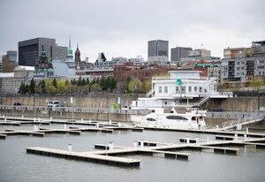 Le chic Bistro VU, sur les quais du Vieux-Port de Montréal, appartient à Fabien Morissette et ses proches. Morissette a été condamné pour abus sexuels sur un jeune garçon.