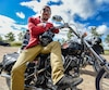 Des propri�taire de motos type Cafe Racer et Bobber participe � La distinguished gentlemen ride au profit du cancer de la prostate