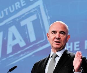 Le commissaire européen aux affaires économiques Pierre Moscovici, ici photographié à Bruxelles en octobre dernier, sera de passage à Montréal aujourd'hui. Ardent défenseur de la«taxe Netflix», il prendra la parole à l'Université McGill et au Conseil des relations internationales de Montréal (CORIM).