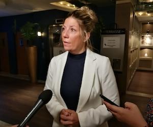 La députée de Westmount–Saint-Louis, Jennifer Maccarone, s'est portée à la défense du «Bonjour-Hi», une formule d'accueil bilingue qui ne l'offusque «pas du tout».