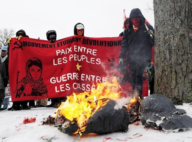 Malgré tout, la contre-manifestation s'est déroulée sans incidents majeurs.