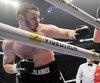 Arslanbek Makhmudov n'a eu aucune difficulté à vaincre Elder Hernandez, samedi à Québec.