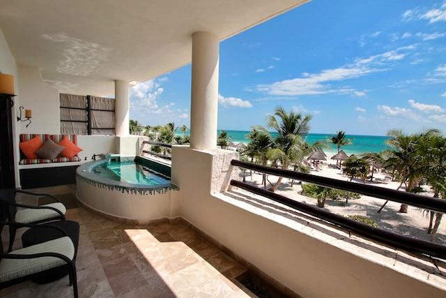 Tout est à proximité dans ce complexe de 412 chambres dont certaines (suites Swim out) disposent d'une piscine privative.