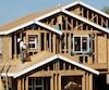 L'Agence du revenu du Canada s'intéresse au secteur de la construction résidentielle où l'évasion fiscale représente près d'un tiers de toute l'économie clandestine au pays. Elle a demandé l'aide des quincailliers pour pincer les fautifs.