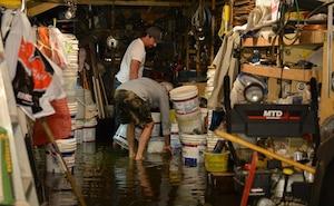 Un garage inondé situé dans l'arrondissement de Montréal-Nord.