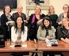 Une première : récemment, lors de l'étude du projet de loi sur les maternelles 4 ans en commission parlementaire, les partis d'opposition étaient représentés uniquement par des femmes. De gauche à droite : En bas, les députées libérales Jennifer Maccarone et Marwah Rizqy, la députée péquiste Véronique Hivon et la députée solidaire Christine Labrie. En haut, la recherchiste libérale Florence Thivierge, la députée libérale Francine Charbonneau, la députée libérale Lise Thériault, la recherchiste péquiste Ariane Francoeur et la recherchiste solidaire Myriam Cyr.