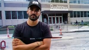 Image principale de l'article Ce Belge a campé devant les bureaux de Reitmans