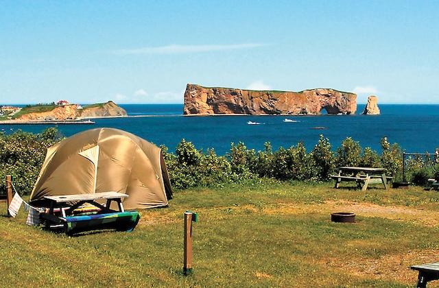 Le camping Côte Surprise, à Percé.