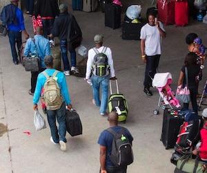 Les réfugiés arrivant au Stade Olympique, le 5 août 2017.