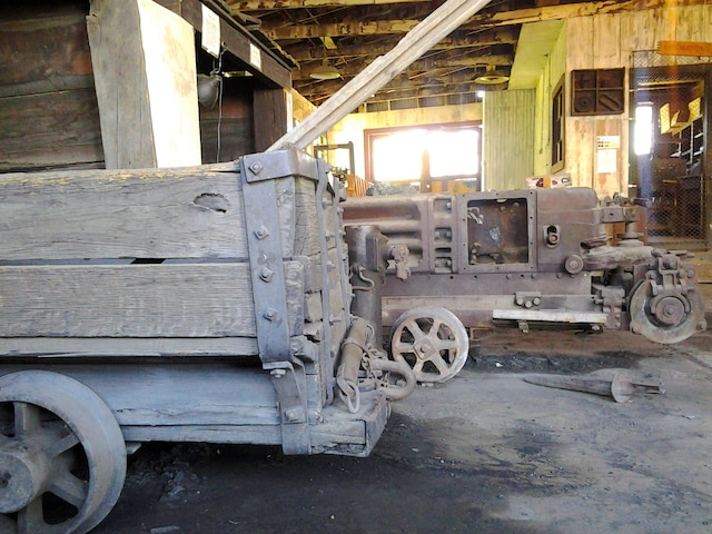 Le musée du charbon de Madrid vaut aussi le détour. On y trouve entre autres le seul théâtre équipé... d'une locomotive à vapeur.